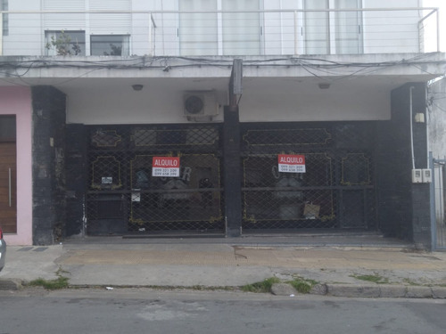 Local Comercial Centro Las Piedras En Área Comercial