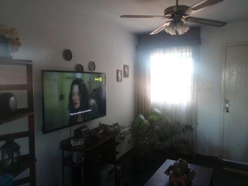Apartamento 2 Dormitorios Corrales Y D.a. Larrañaga U$65.000