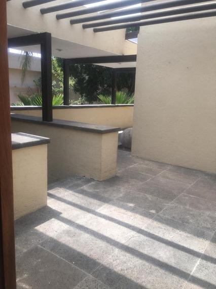 Remate De Casa Residencial En Jardines Del Pedregal