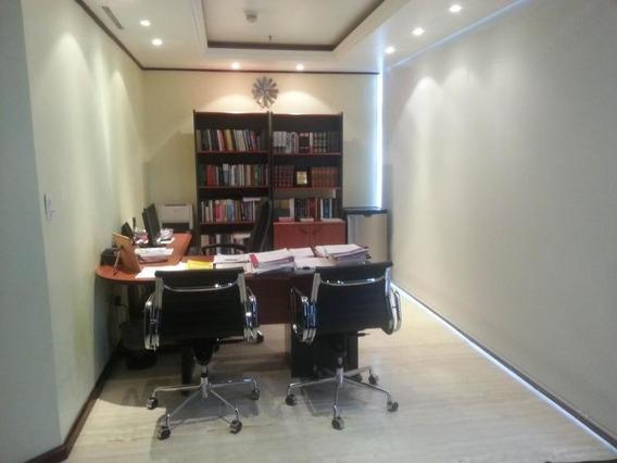 Moderna Oficina En Alquiler En El Recreo
