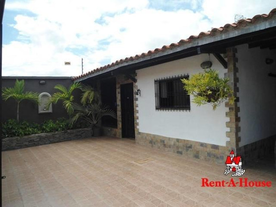 Casa En Venta Urb La Fontana Maracay/ Cod 19-10757 Wjo