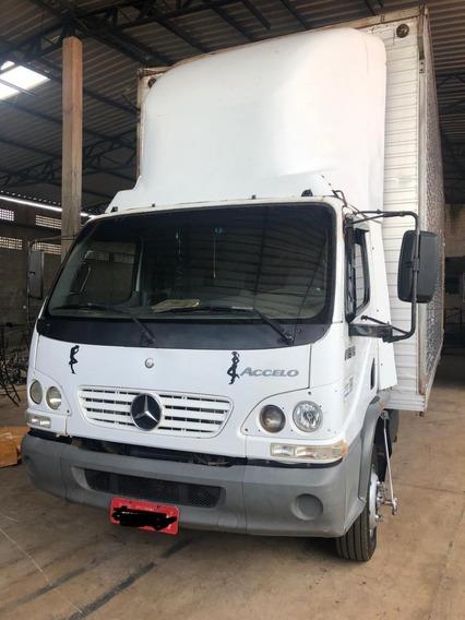 Caminhão Mercedes Benz Accelo 915c