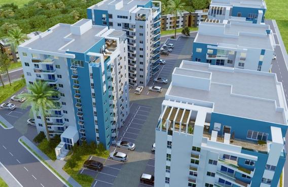 Torre De Apartamentos De Lujo En La Ave. Jacobo Majluta