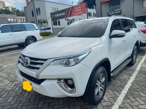Toyota Urbana 4x2 Automatica 2017
