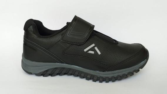 Zapato Tenis Escolar Color Negro Marca Andrea