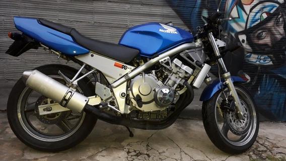 Honda Cb1