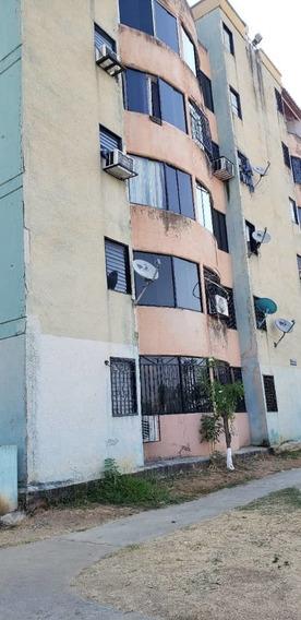 Apartamento En Alquiler En Resd. Las Tapias