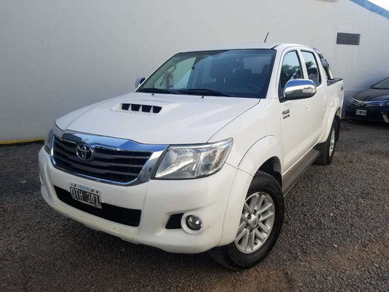 Toyota Hilux 3.0 Cd Srv Cuero 4x4 5at - A4