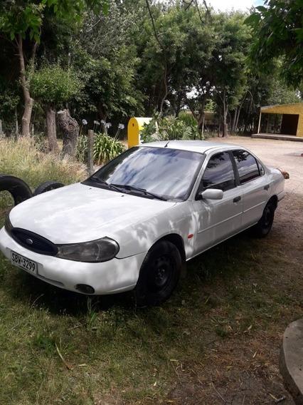 Ford Mondeo 2.0 Ghia 2000