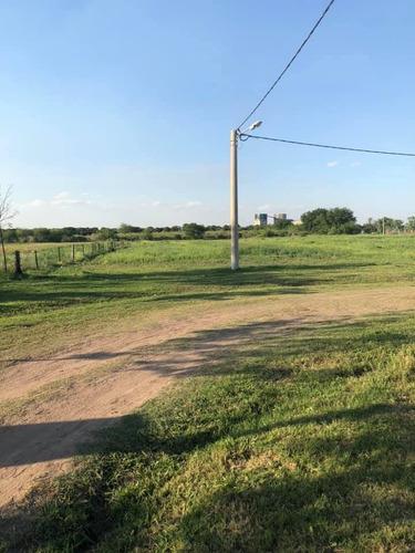 Venta De Lotes De 330 M2 En Pueblo Esther. Pronta Posesion. Calle Freyre.