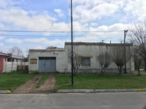 Imagen 1 de 13 de En Venta Casa En Tapalque ( Avd San Martín)