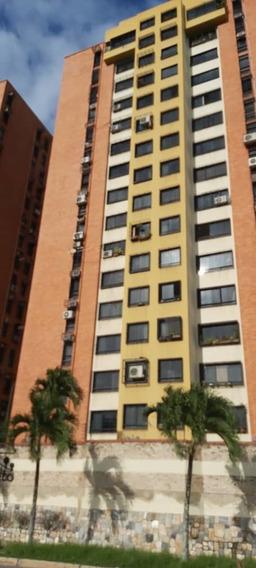 Saidy Rodriguez Apartamento Res Valle Alto Mañongo Lema-571