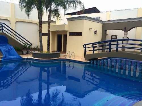 Quinta Con 8 Recamaras Y Alberca En Juarez, Nuevo Leon
