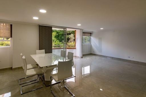 Apartamento En Venta Los Balsos 494-3962