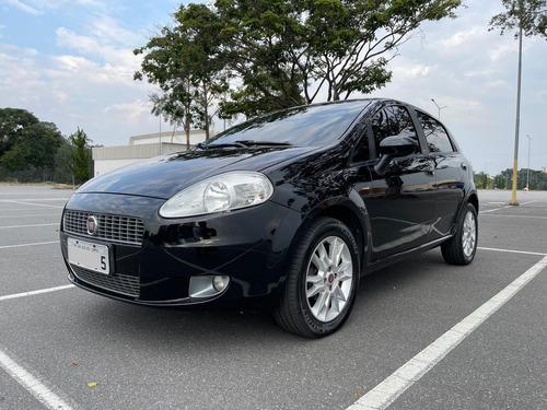 Fiat Punto Essence 1.6 16v Preto 2011