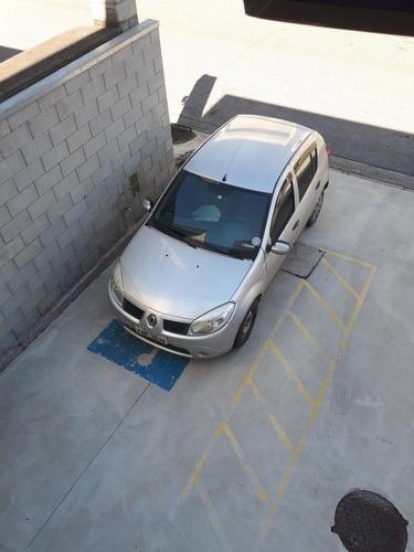 Imagem 1 de 1 de Renault Sandero 2011 1.0 16v Expression Hi-flex 5p