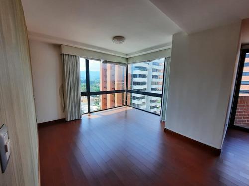 Imagen 1 de 5 de Apartamento (penthouse) En Alquiler En Zona 14