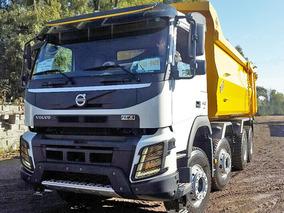 Camión Volcador Volvo 8x4 Con Caja Rockera