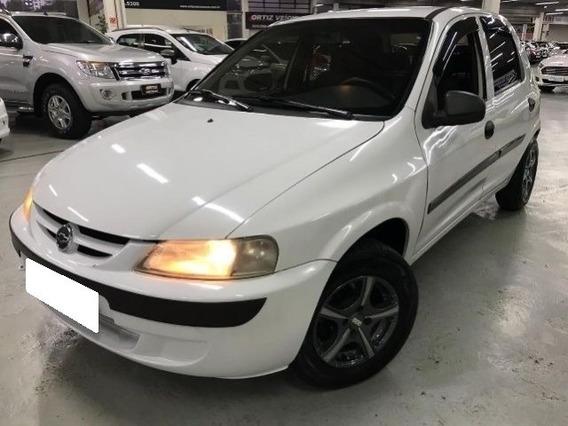 Chevrolet Celta Spirit 1.0 Vhc Branco 8v Gasolina 4p 2005