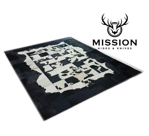 Imagen 1 de 6 de Alfombra Cuero Vaca Patchwork 1,8 X 2,4 M Blanca Y Negra