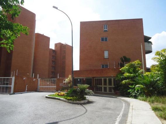 Townhouse En Venta Urb. 15-7345