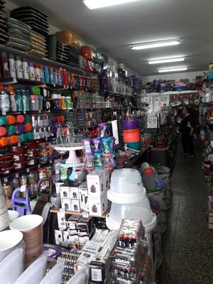 Vendo Bazar ,regaleria,libreria En Villa Luzuriaga