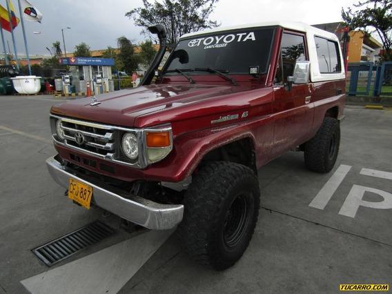 Toyota Land Cruiser Full Equipo
