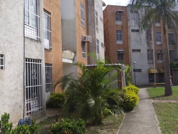 Venta De Acogedor Apartamento En Turmero 04243725877