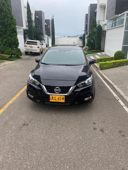 Nissan Versa 2020,1.600cc, 122 Hp, Color Negro, 1000 Km