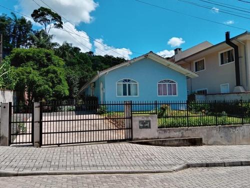 Casa No Santa Catarina Com 3 Quartos Para Venda, 0 M² - Kr953