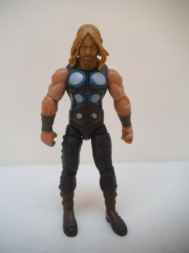 Imagen 1 de 4 de Thor Avengers Tipo Marvel Universe Hasbro