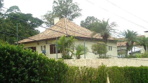 Magnífica Mansão No Miolo Da Granja Viana !! 4 Dorms(2 Suítes) Agora Aluga R$12.000,00 Mais Cond. E Iptu - Ca1524