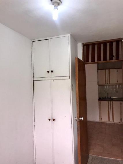 Apartamento En Alquiler En Pirineos Remax Platinium
