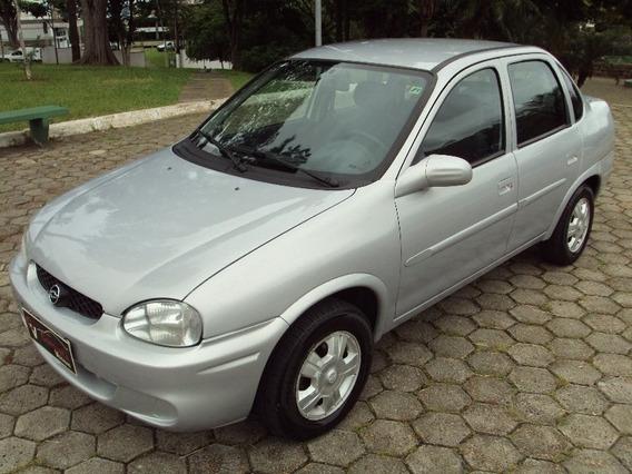 Corsa 1.0 Milenium 2002