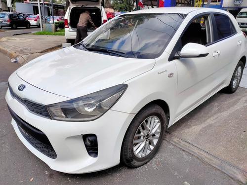 Imagen 1 de 11 de Kia Rio 2018 1.6 Lx Hatchback Estándar