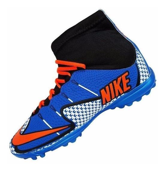 12 Chuteiras Nike Costuras