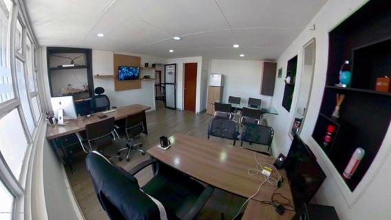 Arriendo Oficina En La Castellana Mls 20-723 Fr