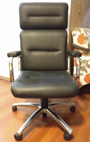 Cadeira Executiva Tok&stok Lavoro Alta Preta Pouquíssimo Uso