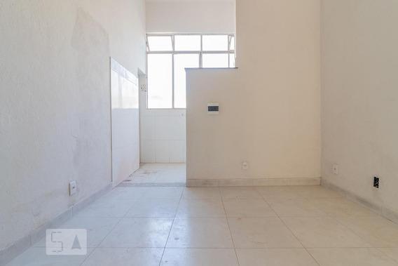 Studio No 1º Andar Com 1 Dormitório - Id: 892931200 - 231200