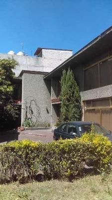Hermosa Residencia Con Mas De 800 M2, En El Pedregal