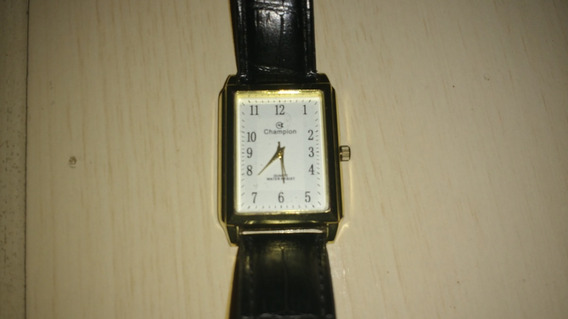 Relógio Champion Quadrado Fundo Branco