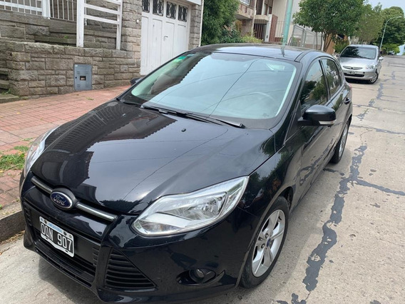 Ford Focus S 1.6 2014
