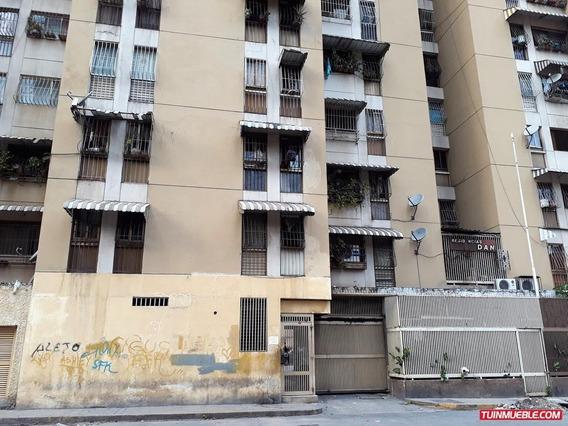 Dioselyn G Apartamentos En Venta#19-1924