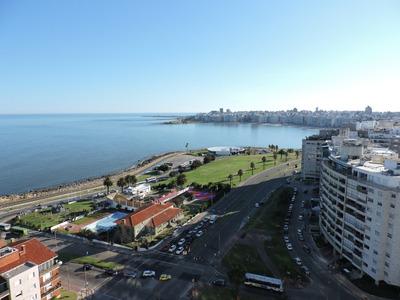 Inmejorable Vista A La Rambla!!