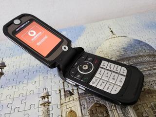 Motorola V1050 3g Raríssimo, Para Colecionador. Completo!