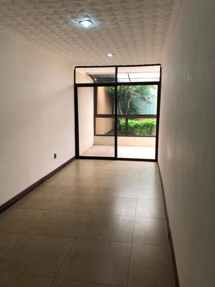 Se Alquila Casa En Residencia Quizarco