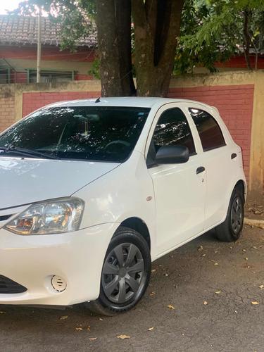 Toyota Etios 2013 1.3 16v X 5p