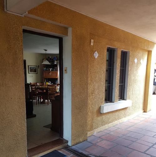 Casa Ph, 3 Dorm, Con Parrillero Y Cochera