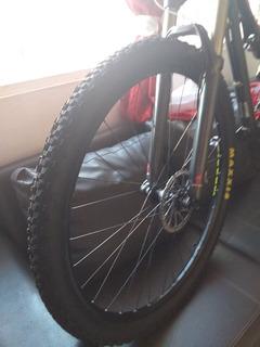 Vendo Bicicleta Rocky Mountain Trail Head