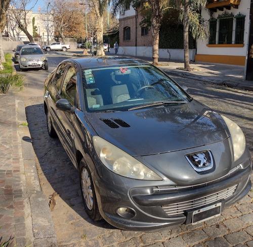 Imagen 1 de 12 de Peugeot 207 Compact